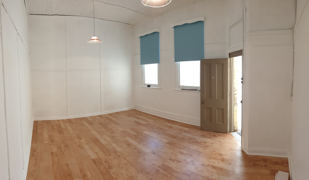 OFFICE / STUDIO SPACE WITH GREAT NATURAL LIGHT