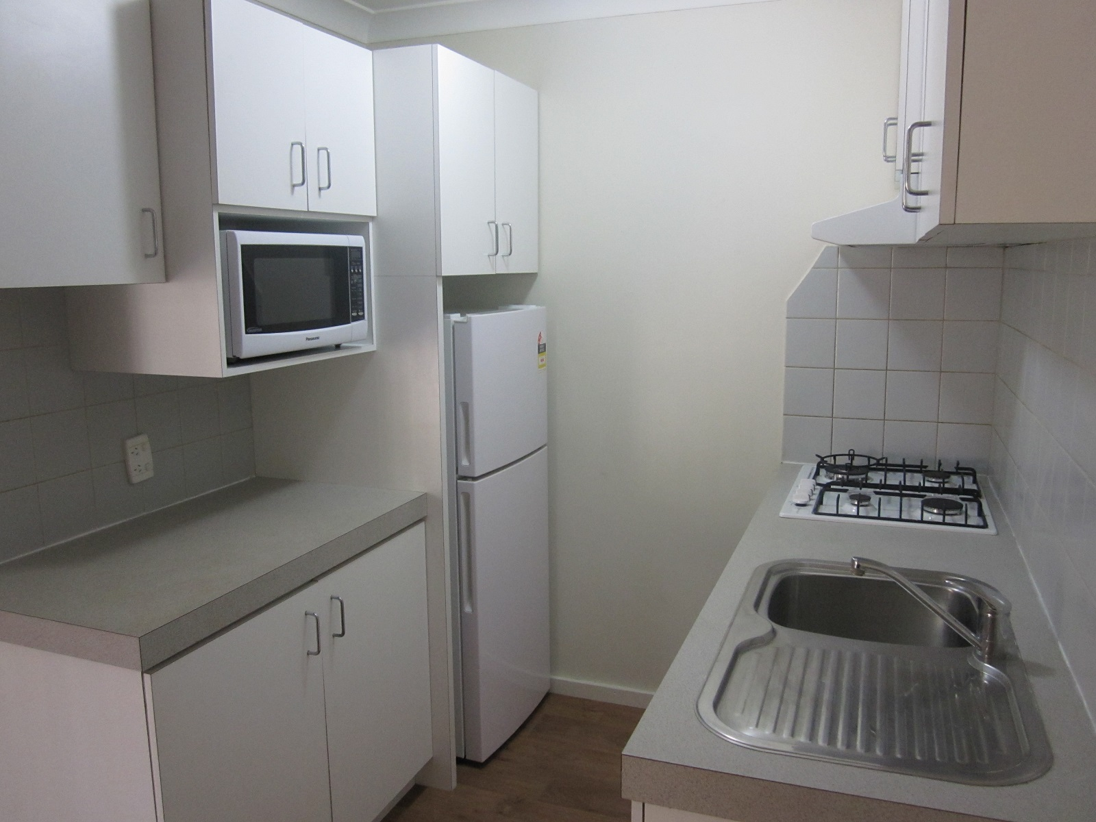RENOVATED FURNISHED UNIT!