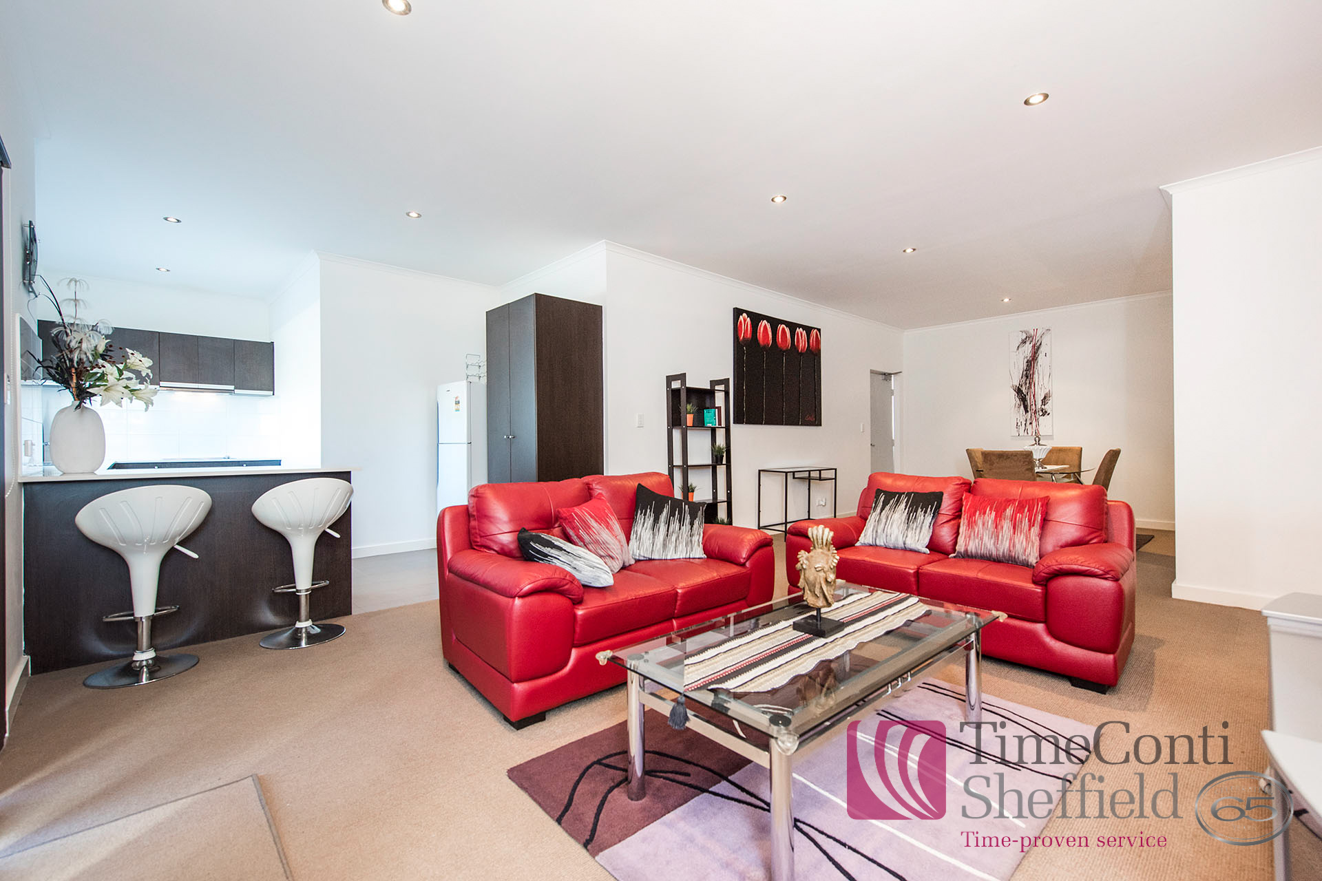 FULLY FURNISHED & EQUIPPED TWO BEDROOM APARTMENT!
