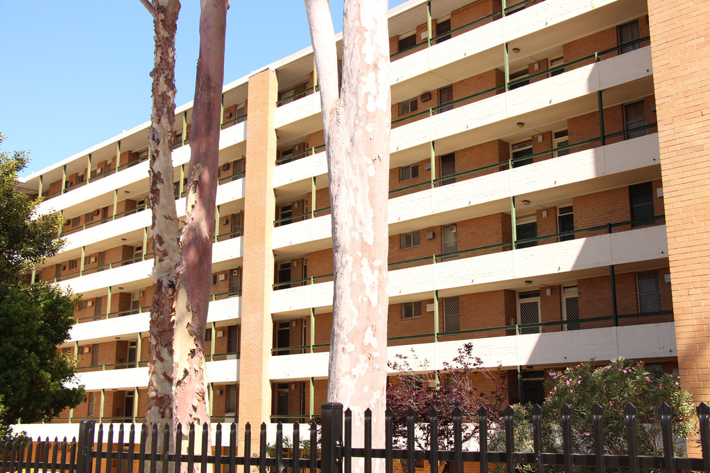 SECURE LIVING, AFFORDABLE RENT, CENTRAL LOCATION!!