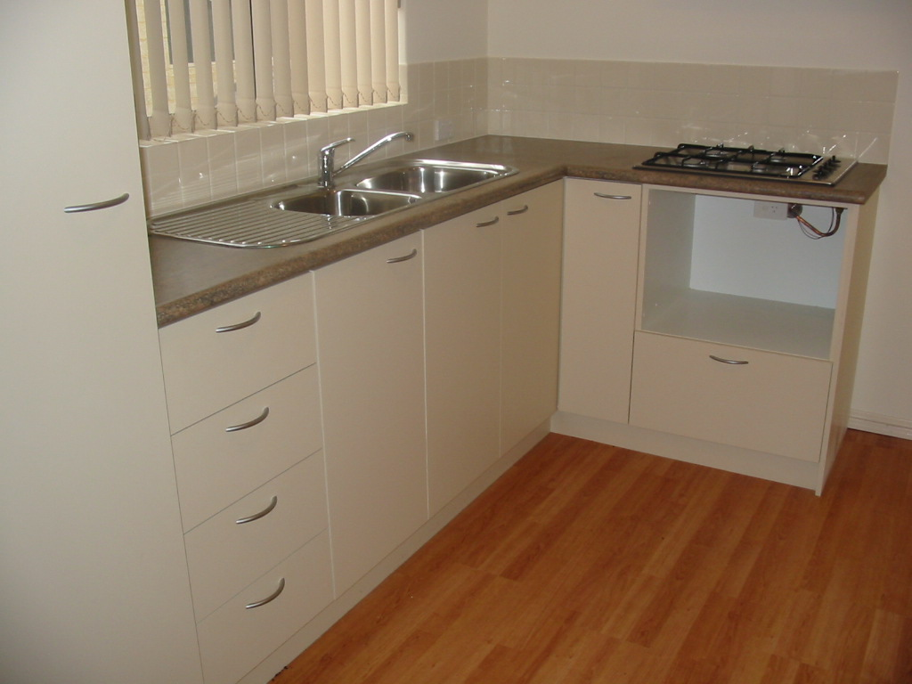 29298-001-Kitchen