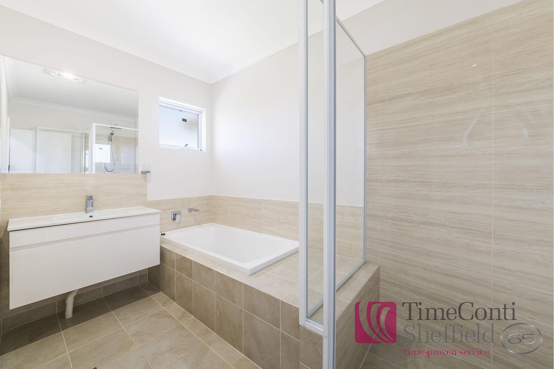 2744-015-Bathroom