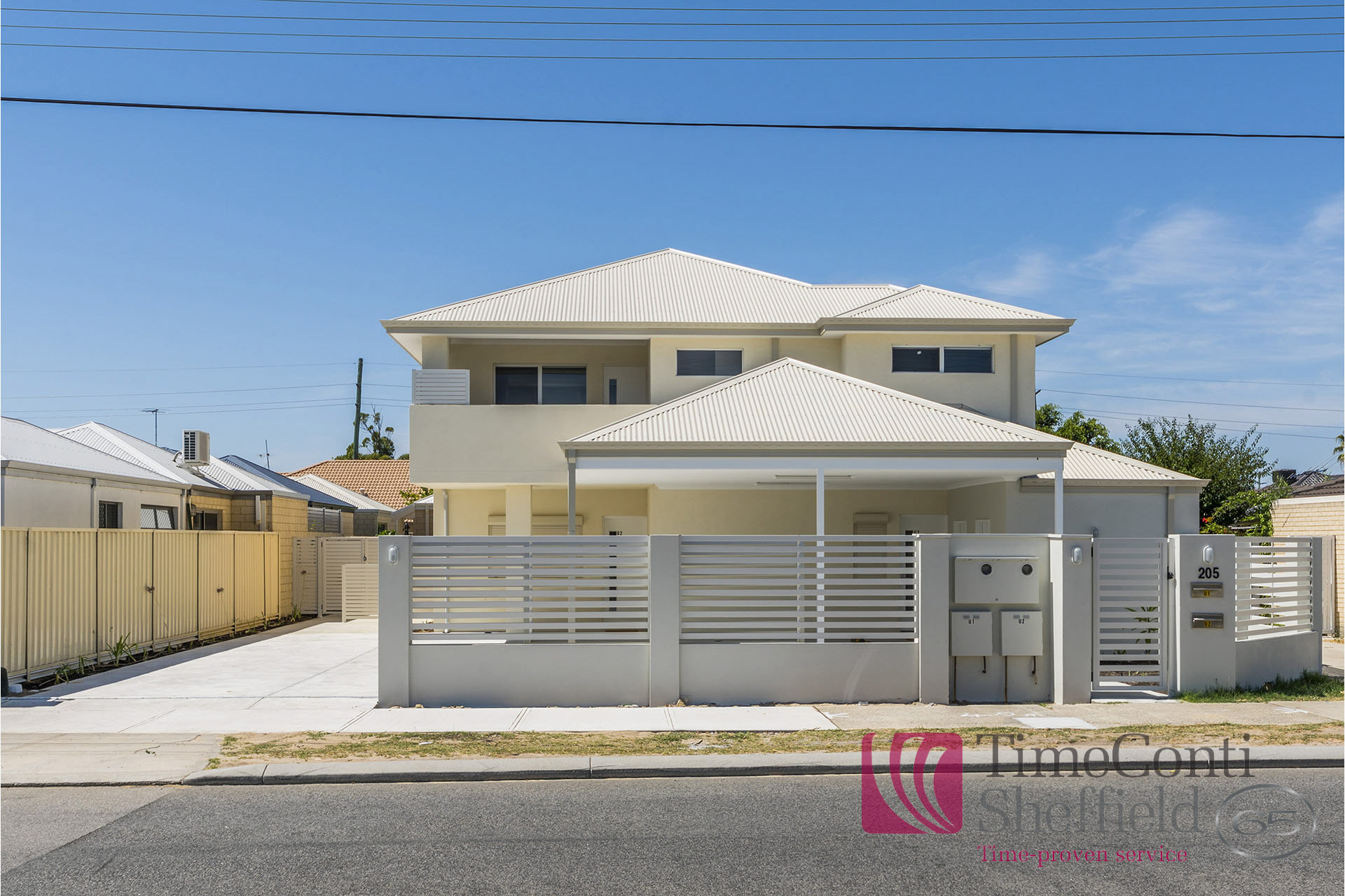 NEAR NEW, STYLISH 3 BEDROOM 2 BATHROOM AIR CONDITIONED HOME