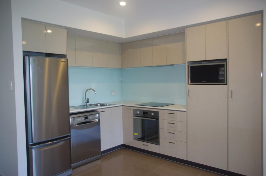 14870-001-Kitchen
