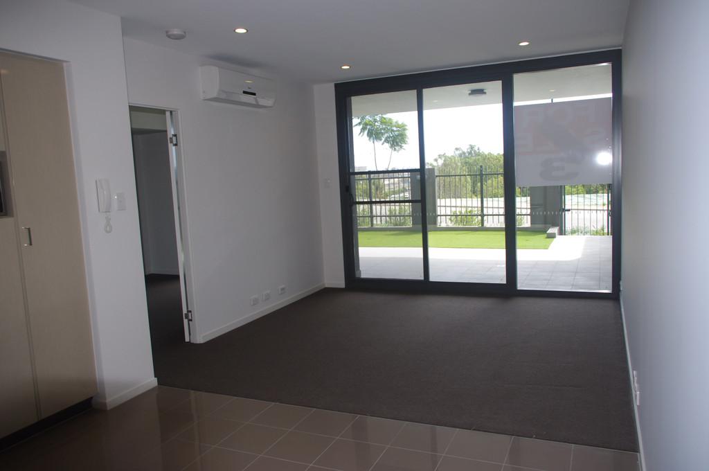 28000-002-Lounge