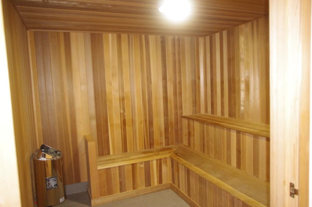 28644-013-Sauna