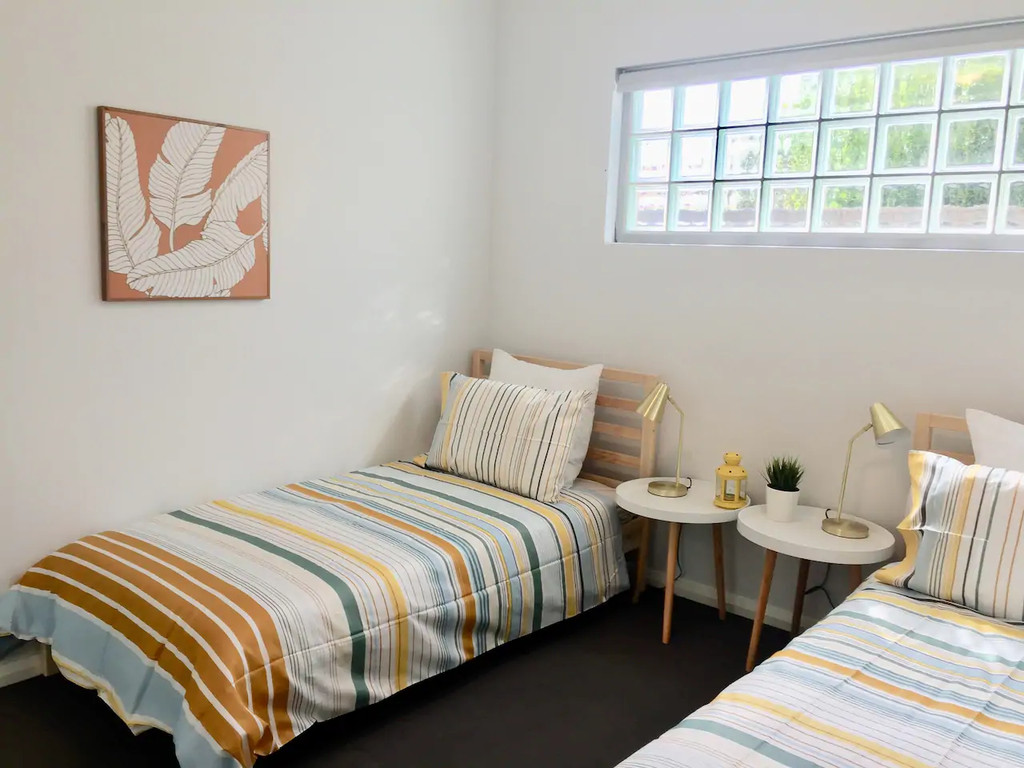 11047-006-Bed2