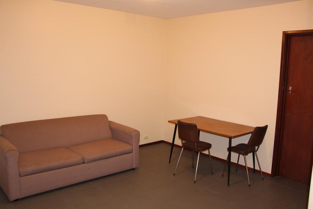 20578-002-Lounge