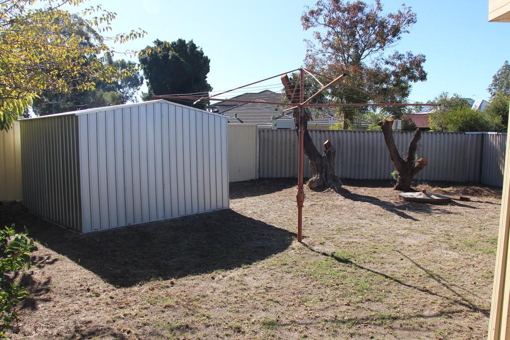 6628-009-Backyard