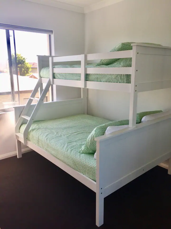 13412-009-Bed2.2