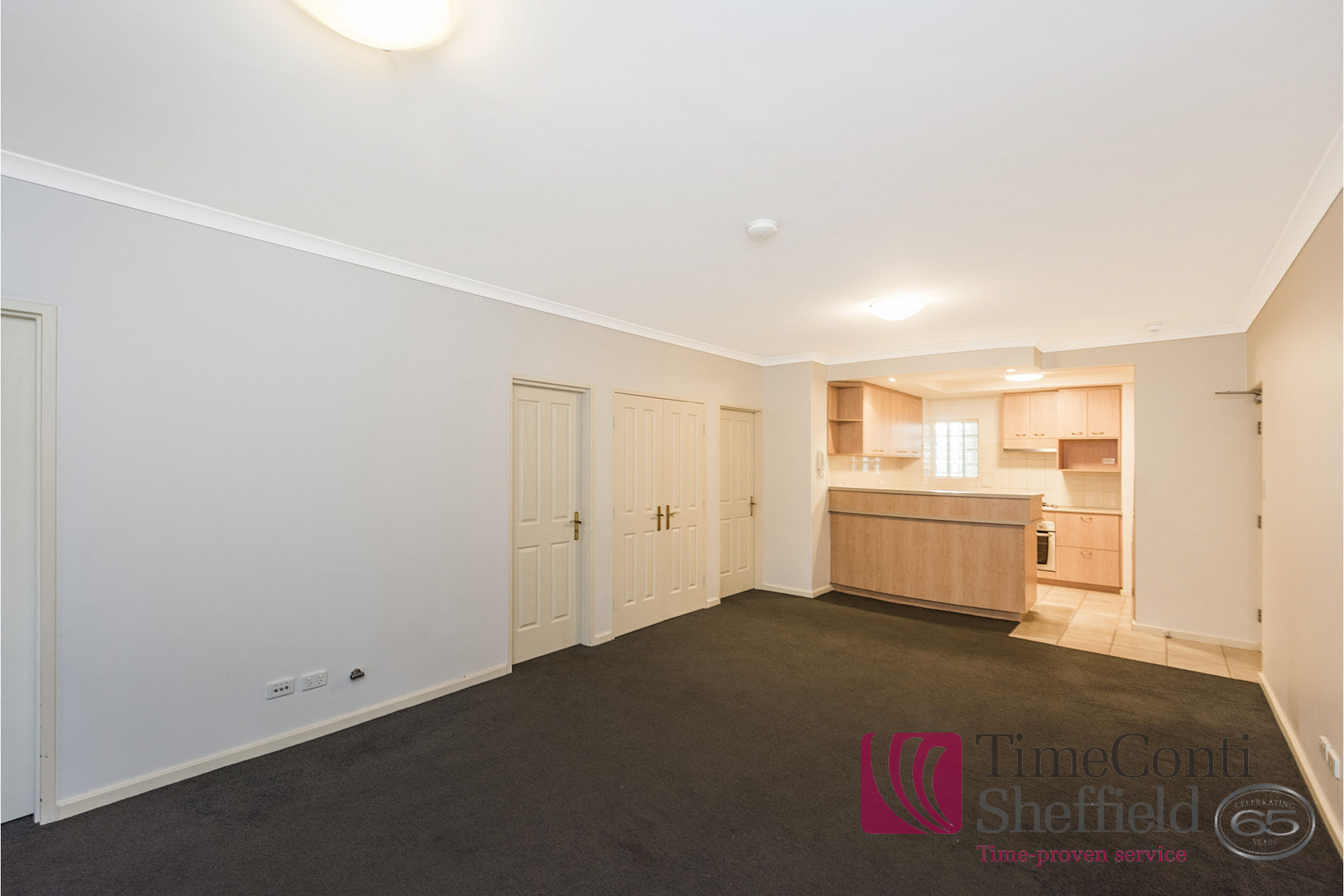 IMMACULATE TWO BEDROOM AIR-CONDITIONED APARTMENT!!!