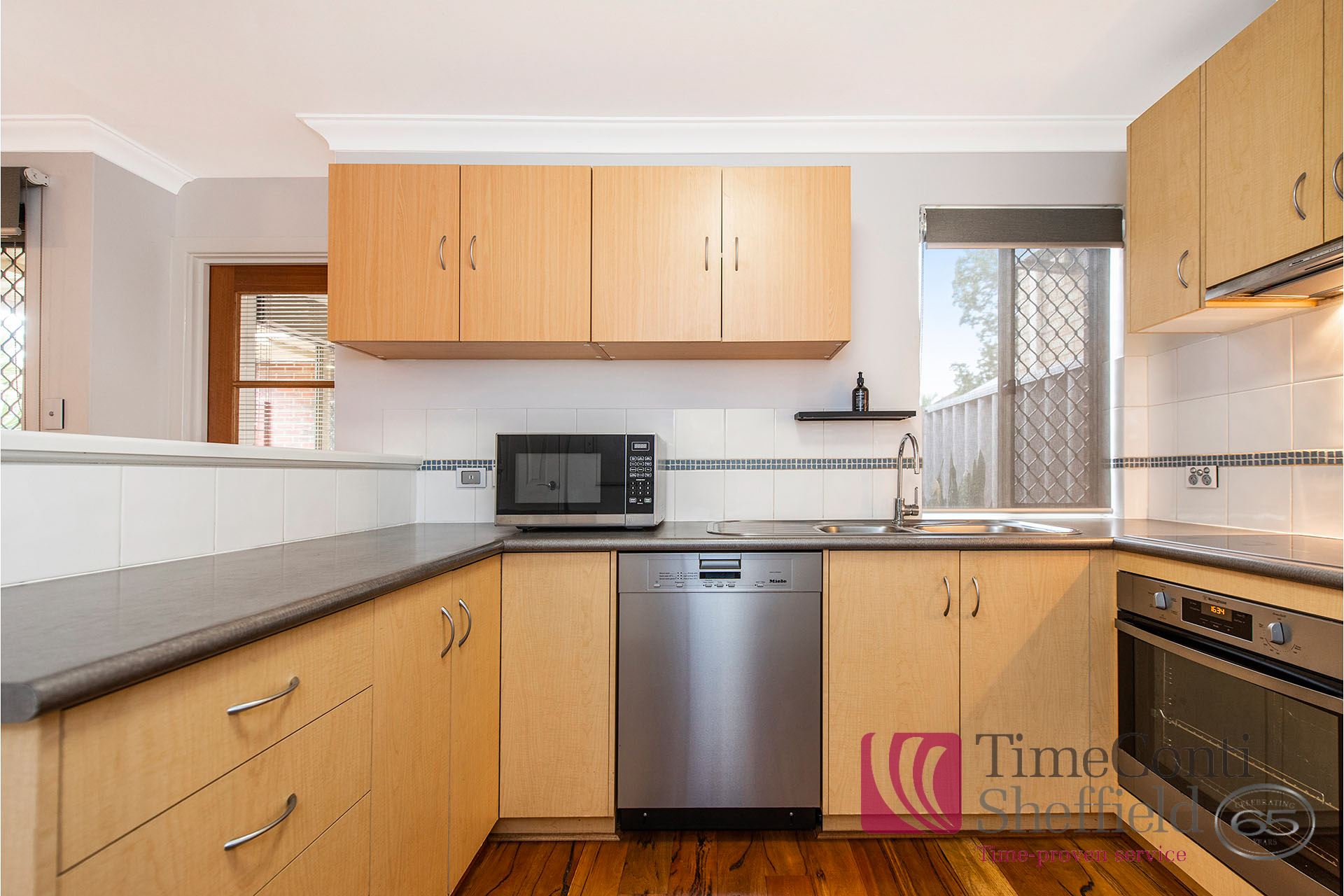 IMMACULATE FULLY FURNISHED AIR CONDITIONED HOME