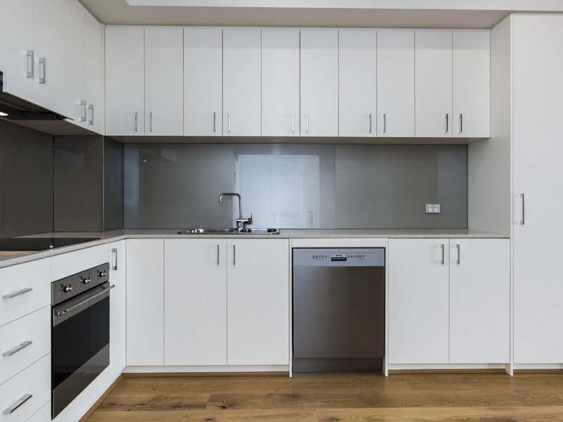 NEAR NEW 2X2 APARTMENT WITH AIRCON!