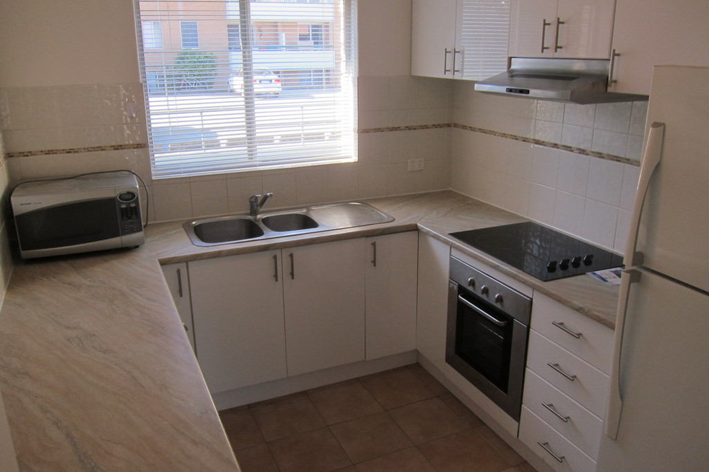 PARTLY FURNISHED,CONVENIENTLY LOCATED!!