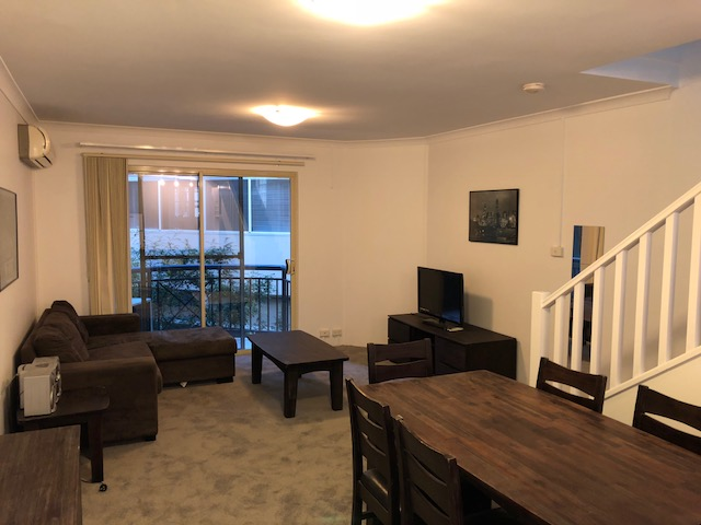 FULLY FURNISHED 2X1 TOWNHOUSE