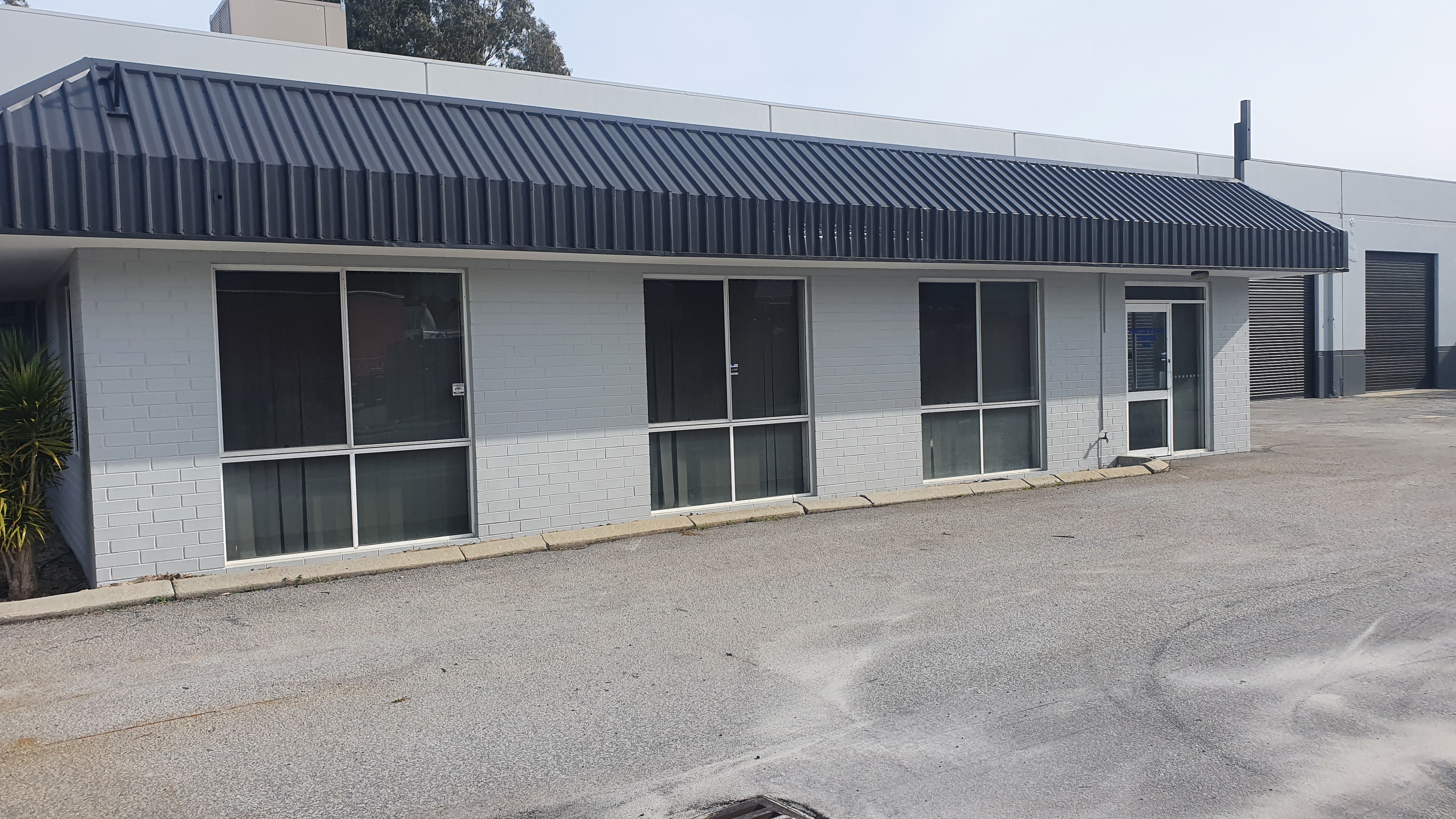 PRICE REDUCED TO $85/m² - WAREHOUSE & OFFICE FOR LEASE IN BENTLEY!