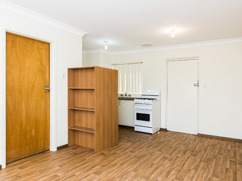 FURNISHED ONE BEDROOM APARTMENT!