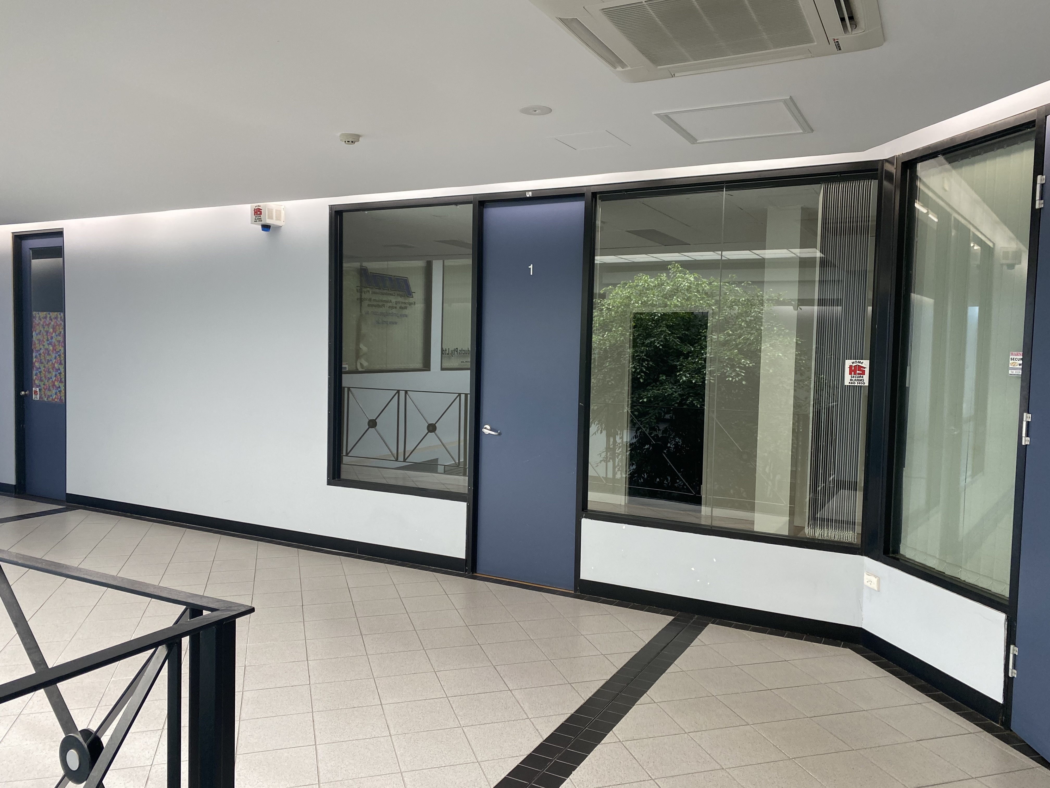 OFFICE SUITE FOR LEASE IN VICTORIA PARK