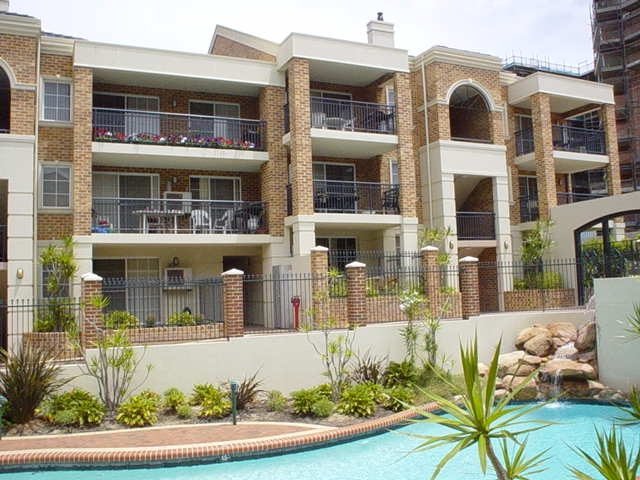 SECURE TWO BEDROOM AIR CONDITIONED APARTMENT!!